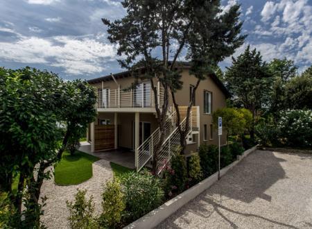 Appartamenti per vacanza sul lago di Garda: il primo eco-residence