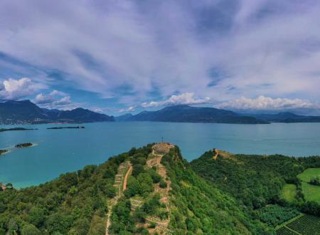 manerba, lago di Garda, vista aerea